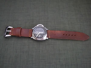 DaLuca_Panerai_Watch_Straps_Crown.jpg