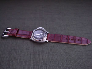 DaLuca_Panerai_Watch_Straps_Red_Predator.jpg